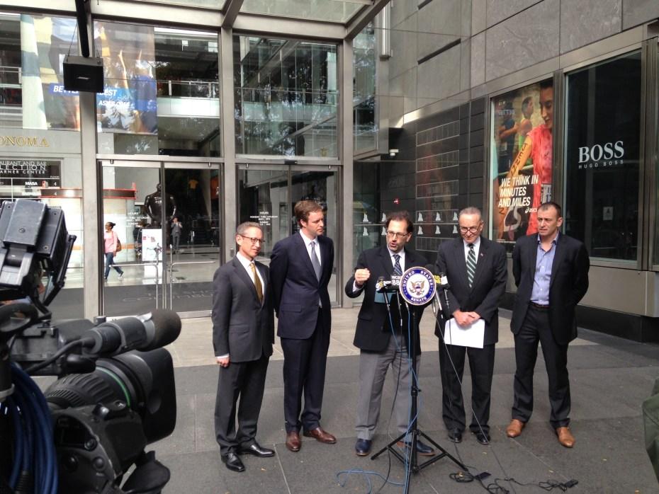 Jules Polonetsky with NY Senator Chuck Schumer.