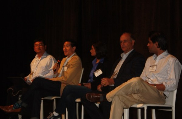 Dean Takahashi, Tim Chang of Mayfield Fund, Sana Choudary of YetiZen, Roger Quy of Technology Partners, and Sunny Dhillon of Signia Venture Partners