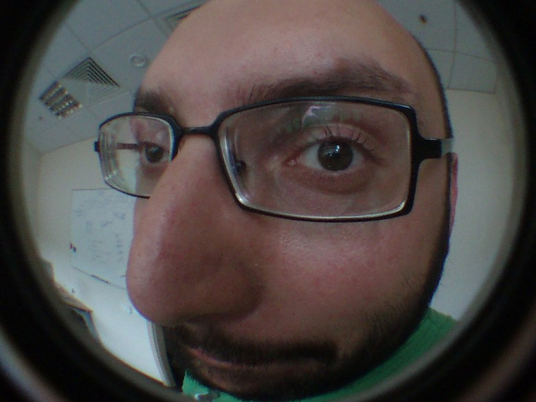 peephole Juozas Salna Flickr