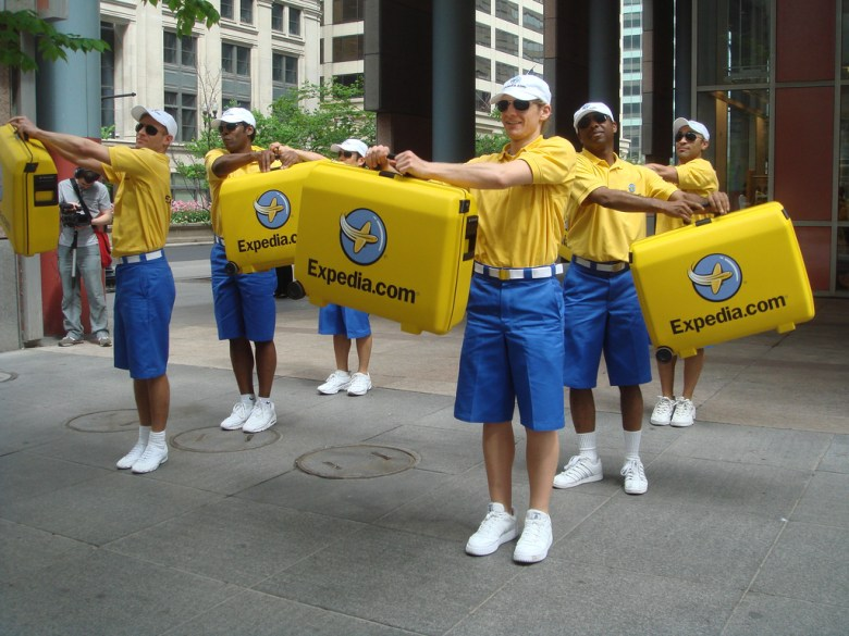 Expedia Dancers at State of Illinois Building
