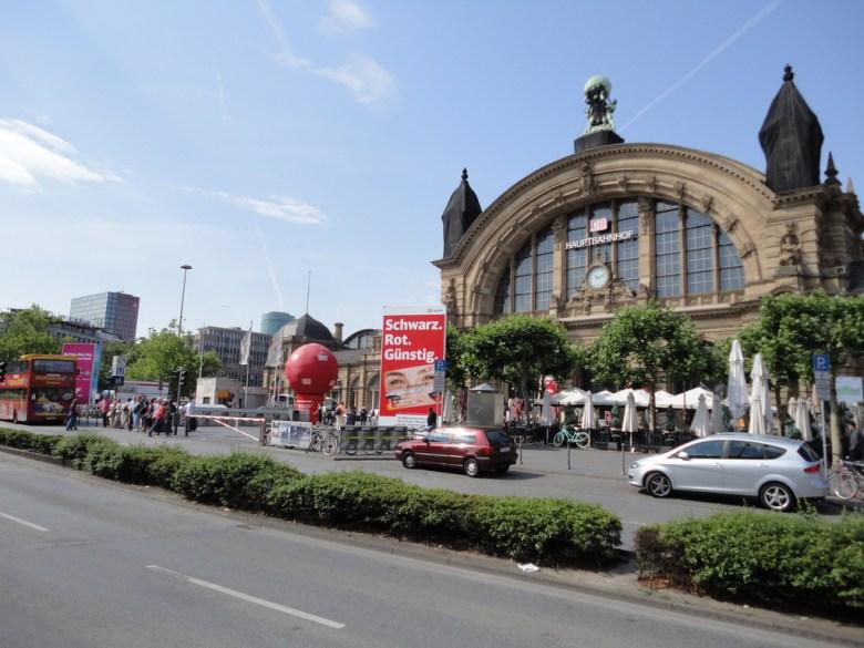 Hauptbahnhof Frankfurt Paul Sableman Flickr