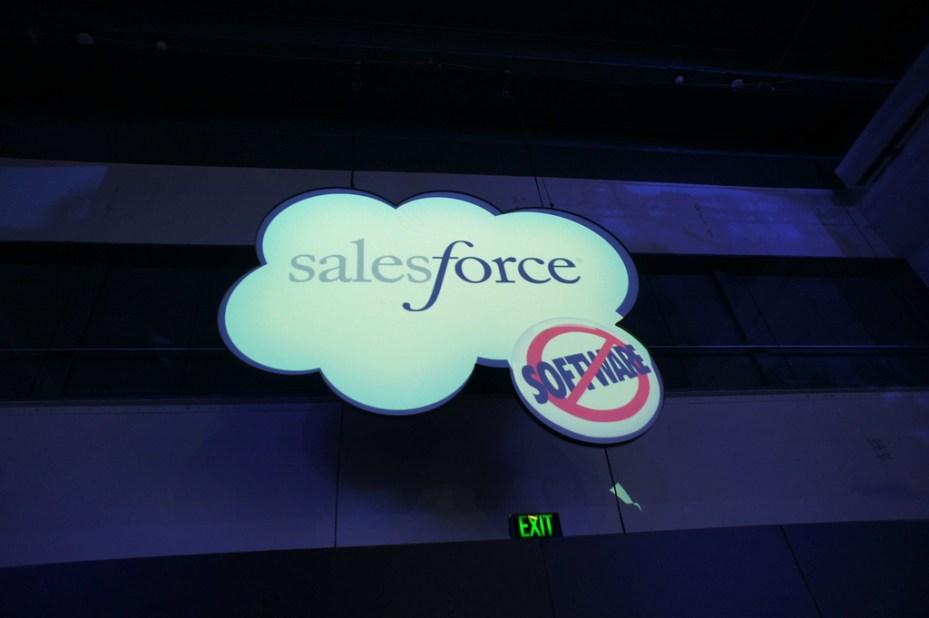 Salesforce sign Seesmic com Flickr