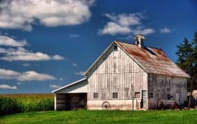 Iowa barn Carl Wycoff Flickr