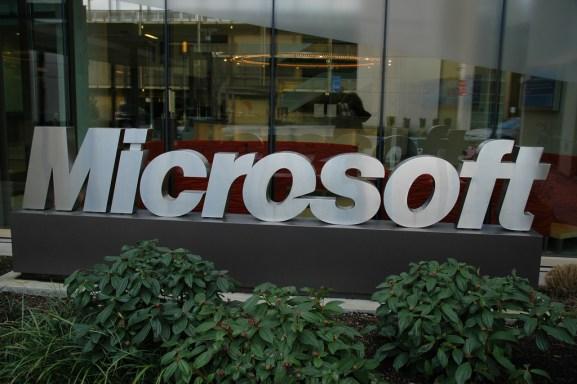 Microsoft sign Redmond campus Wonderlane Flickr