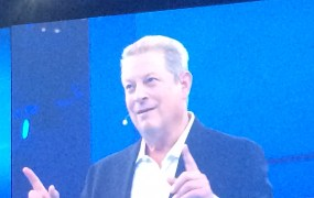 Al Gore on the screen at Dreamforce