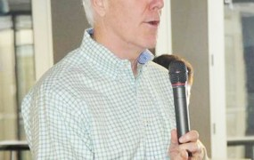 Senator John Cornyn (R-TX) speaks to a crowd about the state of patent reform legislation at an Austin Startup Week panel.