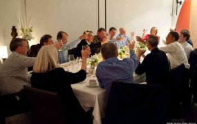 In a famous dinner party in 2011, Google's Eric Schmidt (far left) sat at the table with a bunch of tech luminaries and President Barack Obama (far right).