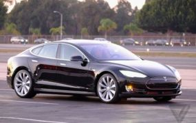 A Tesla Model S P85D.