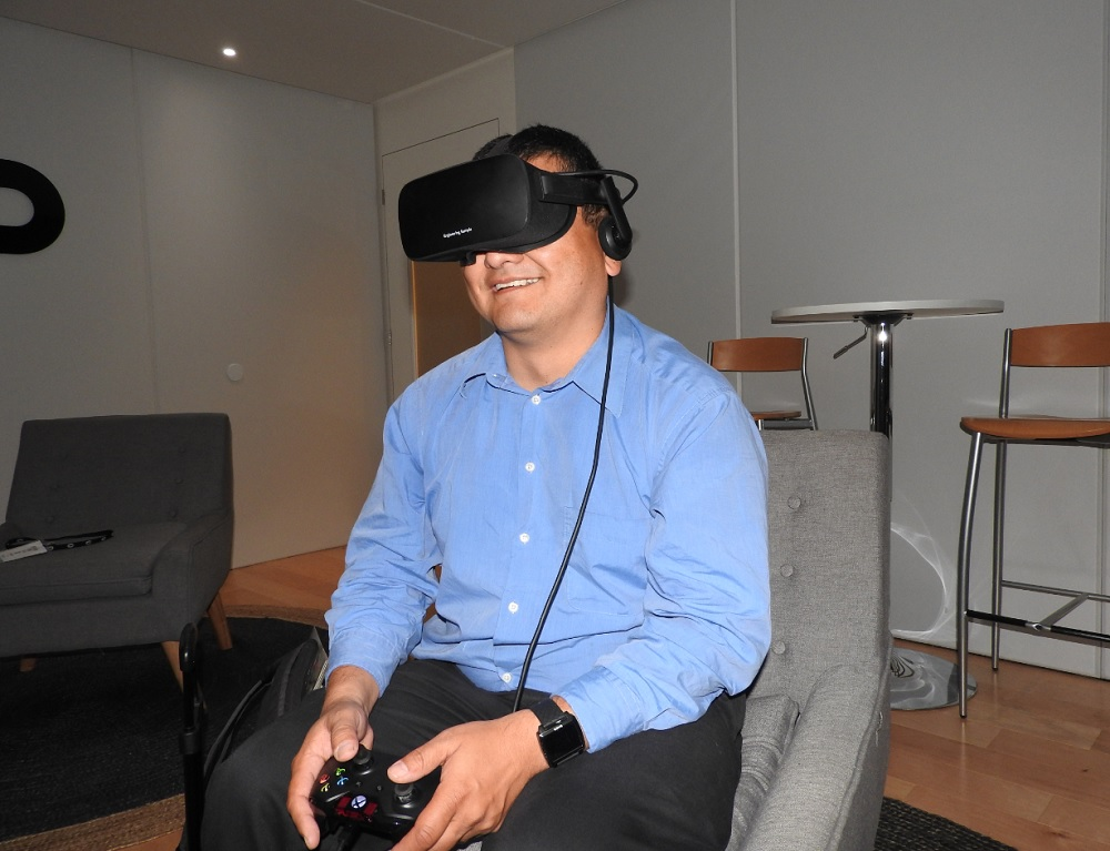 Oculus doesn't need to convince GamesBeat's Dean Takahashi that VR works. He's seen it!