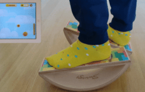 Swingy feet