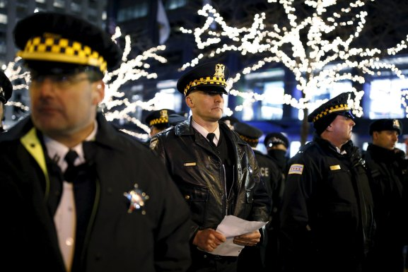 Chicago police will add more body cameras following shooting of Laquan McDonald