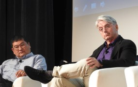 Dean Takahashi of GamesBeat and John Riccitiello of Unity at the VRX event in SF.