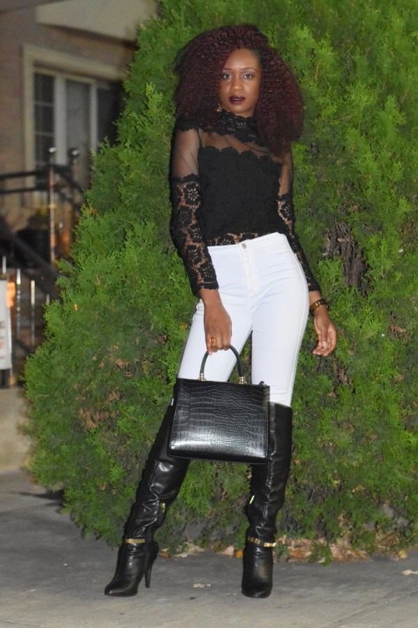 styling-white-jeans-for-fall-5