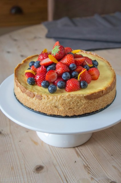 Cheesecake cuit aux fruits rouges