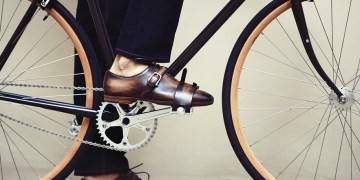 comment cirer ses chaussures berluti cycles victoire