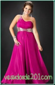 12 Hermosos vestidos de terciopelo para gorditas (2)