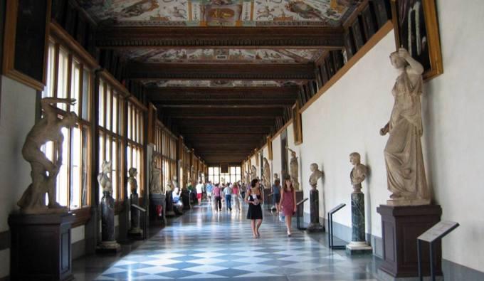 Visitas noturnas na Galleria degli Uffizi e Galeria da Academia, Florença