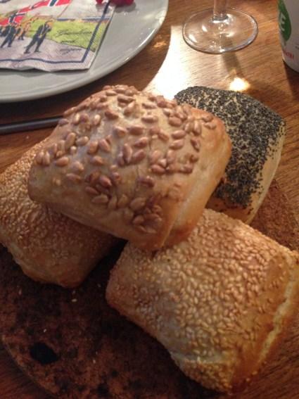Noruega_pães_ Viajando bem e barato pela Europa