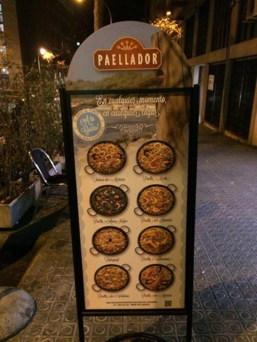 melhor paella em Barcelona_paellador_Viajando bem e barato