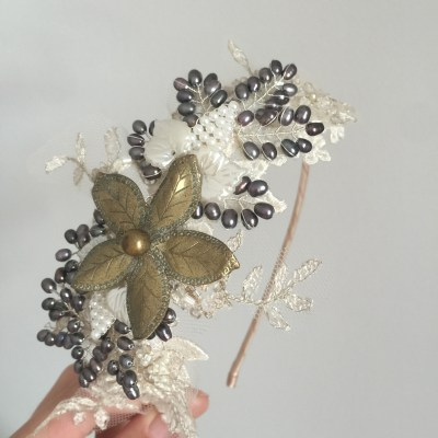 Vintage Gold and Lace Headdress No.1504