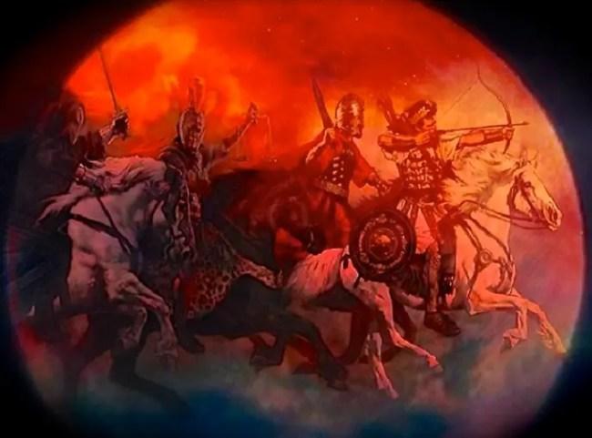 حدثت 3 خسوفات متتالية للقمر الأحمر في 5 قرون، ولخسوفه 4 مرات هذه المرة علاقة بالشرق الأوسط