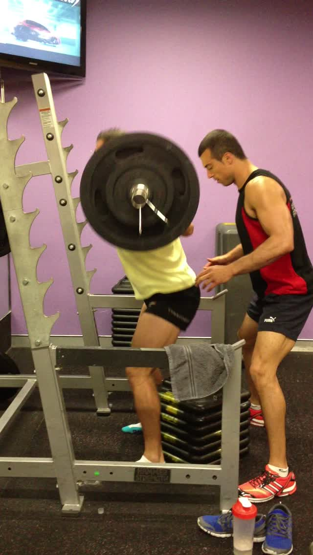 150kg hi box squat for 3