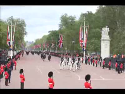 Queen's diamond jubilee procession in two minutes – timelapse video   UK news guardian.co.uk