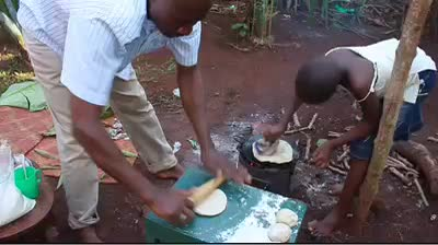 Making Chapatis