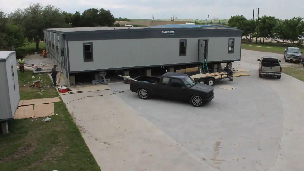 Time-Lapse: ModSpace Moble Office Trailer Complex