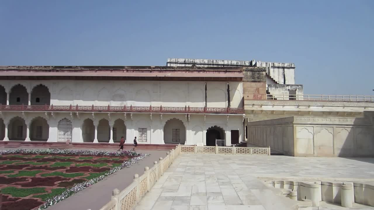 Panoramic View of one of the Agra Fort courtyards