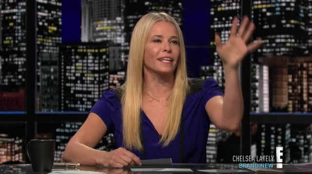chelsea.lately.2012.12.12.adam.levine.hdtv.x264-2hd