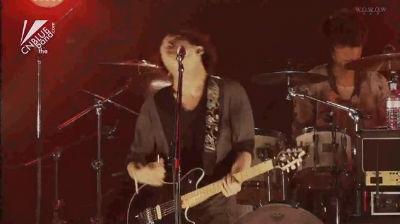 """In My Head"" (작곡 정용화) 2011.12.28 Countdown Japan"