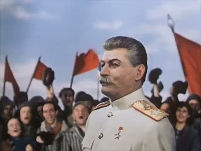The Fall of Berlin (1949) – Stalin joins the victory celebration