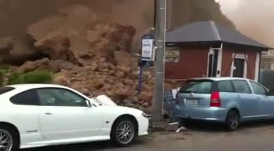 earthquake in Christchurch landslide footage – 22 Feb