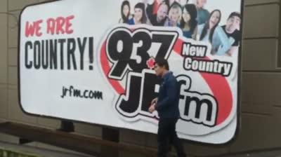 This ain't JR FM