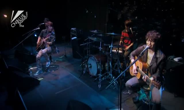 """kimio"" 작곡 (Music): 이종현 (Lee Jong Hyun) 작사 (Lyrics): CUL 2012.02.25 MTV Unplugged"