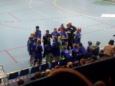 www.africanpress.me – Oppsal women handball division 1 team of Norway makes history for the first time – qualifying to join top handball – elite series: FIRST HALF PLAY.B