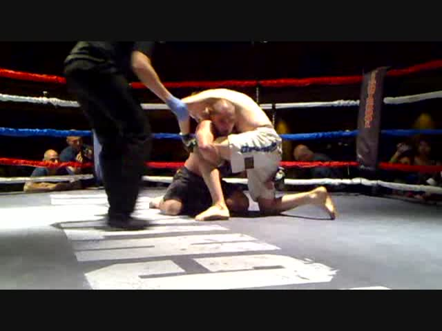 MMA: Ivam Maciel vs Mark Plock