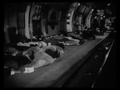 Christmas Under Fire, 1941&#8230; Londoners sheltering on the tube