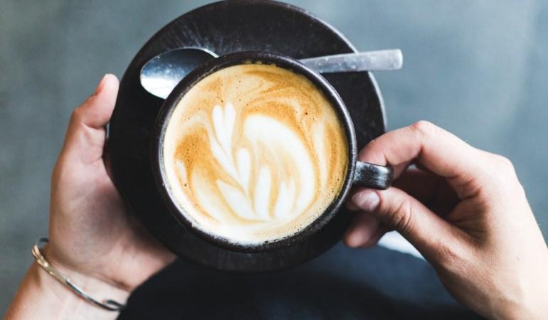 Kaffeeform macht Tassen aus Eurem alten Kaffeesatz