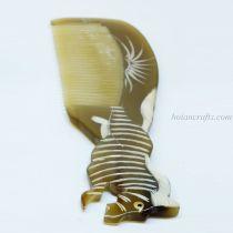 Horn Comb Horse (1)