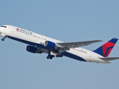 Delta_Air_Lines_B767-300_N130DL