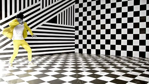 The pattern of this room was not randomly chosen: Dualistic patterns are used to program/hypnotize MK slaves.