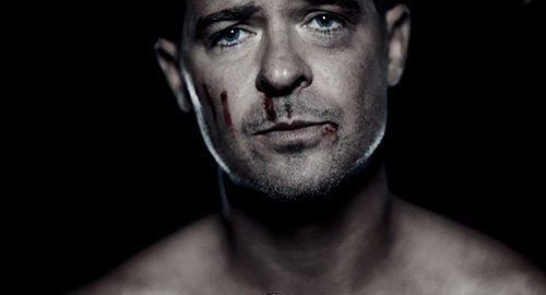 We then see Thicke naked and bloody. Why is he naked and bloody? Did he get into a violent fight with his wife while naked? Did he do too much drugs and took off his clothes? Nobody really wants to know.