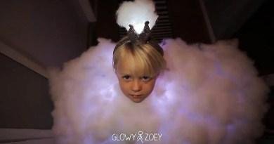 Видео: Папа создал для своей дочери необычный костюм в виде грозового облака.