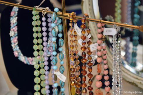Passionate About Vintage - Vintage Beads  Vintage Frills