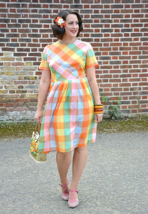 checked-dress-ootd