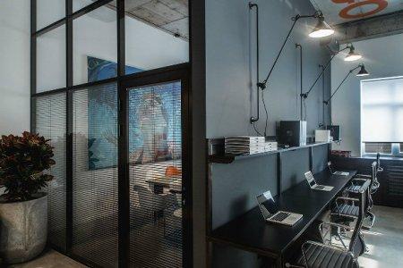 offices with an industrial interior design touch 11