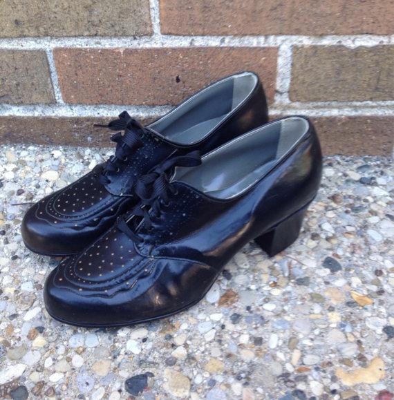 1940s vintage black oxford shoe