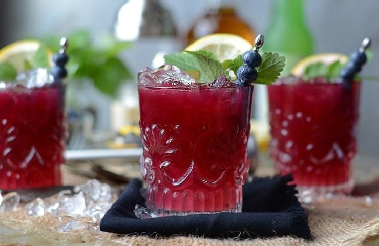 Blueberry Whiskey Buck